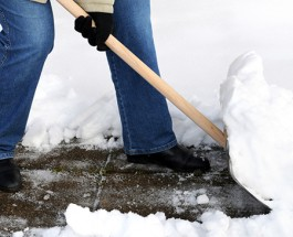 Chicago Gets Tough On Snow Shoveling, Fines Increased and Time Limits Set